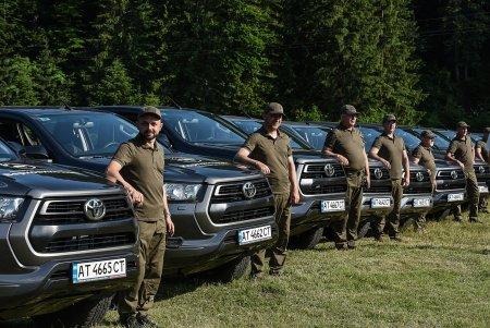 Нові автівки для нацпарків та заповідників Карпатського регіону